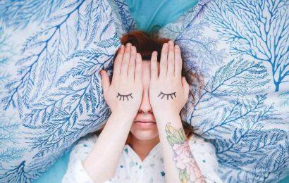 Cách chìm vào giấc ngủ trong 10, 60 và 120 giây