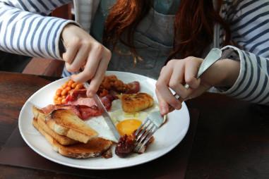 Cách tự nhiên để giảm cholesterol mà không cần dùng thuốc