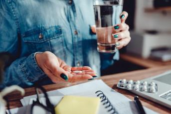 Hàng triệu người dùng aspirin hàng ngày mà không có lời khuyên của bác sĩ