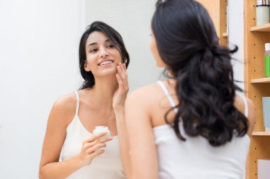 6 phương pháp điều trị tại nhà cho da dầu