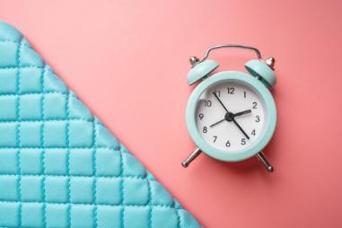 Lịch trình ngủ đều đặn có khả năng mang lại lợi ích cho sức khỏe trao đổi chất