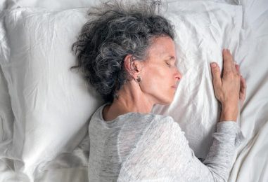 Thời gian ngủ ngắn làm tăng nguy cơ tử vong ở bệnh tiểu đường và cao huyết áp