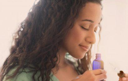 Bí quyết làm đẹp da với dầu neem